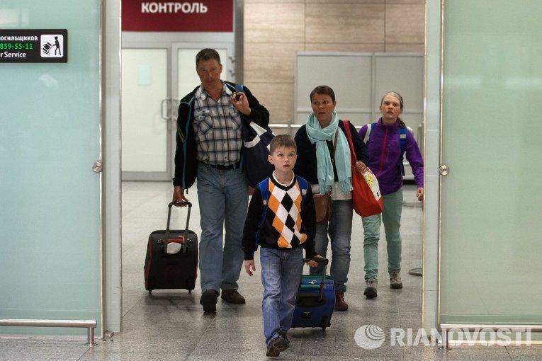 Туристы из Египта вернулись в Санкт-Петербург