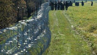 Словения строит железный занавес для мигрантов на границе с Хорватией