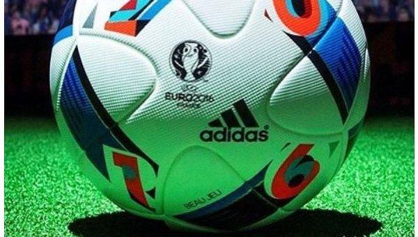 Официальный мяч группового этапа чемпионата Европы 2016 года
