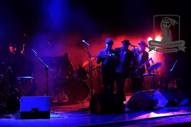 Концерт Макаревича для военных в Днепропетровске