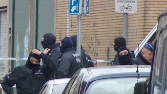 Спецоперация полиции Бельгии по задержанию подозреваемого в терактах в Париже. Видео