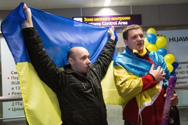 Встреча игроков сборной Украины после выхода на Евро-2016