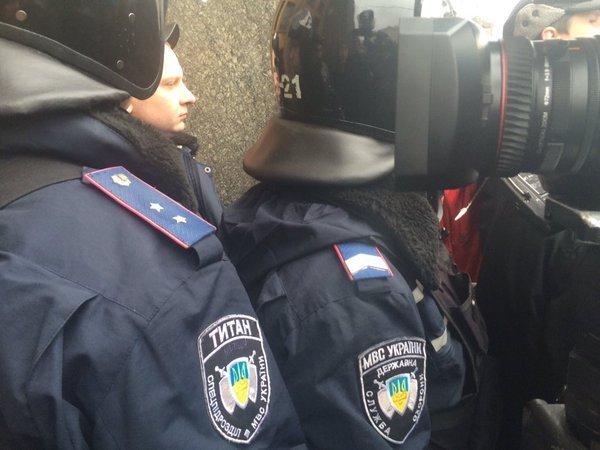 Силовики под зданием горсовета Харькова