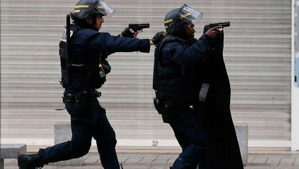 Спецоперация в Сен-Дени завершена, район оцеплен полицией