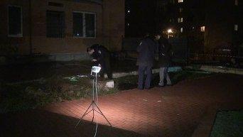 На месте стрельбы в директора НИИ судебных экспертиз Минюста в Киеве