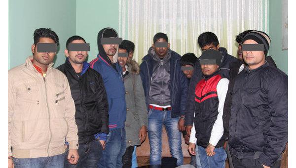 Группа иностранных граждан, задержанных в Ровно. Архивное фото