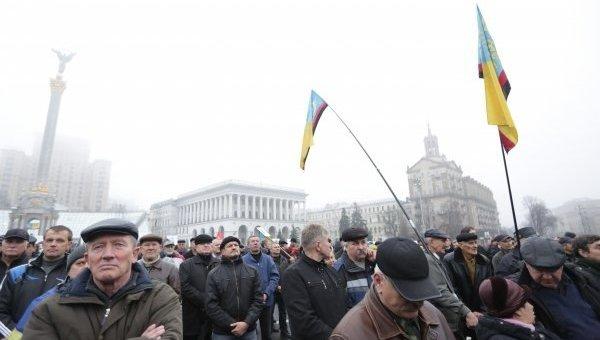 Вече на Майдане в Киеве. Архивное фото