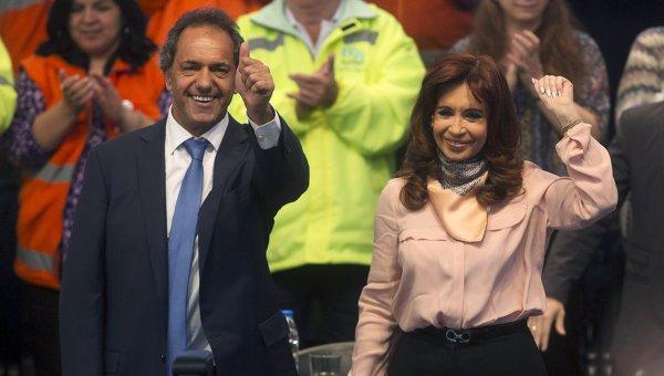 Даниэль Сиоли и действующая глава государства Кристина Фернандес де Киршнер