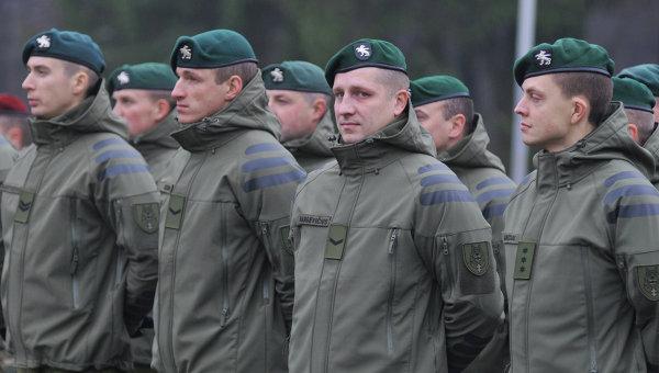 Литовские военные под Львовом. Архивное фото