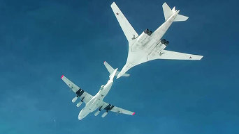 Дозаправка стратегического ракетоносца Ту-160