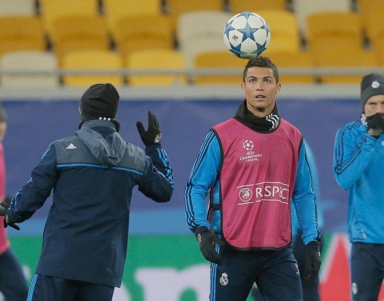 Тренировка футболистов Реала перед матчем с Шахтером во Львове