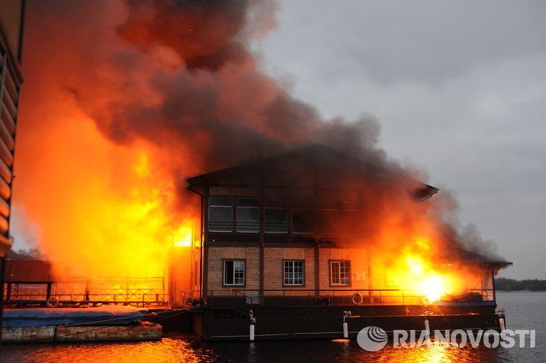 Пожар ресторана Веранда в Киеве.