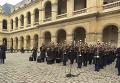 Во Франции вспоминают жертв терактов в Париже. Видео