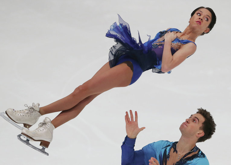 Российские фигуристы Вера Базарова/Андрей Депутат показали четвертый результат после короткой программы на шестом этапе серии Гран-при в Японии.