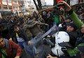 Акция протеста в Анкаре против ареста двух журналистов, которых подозревают в шпионаже