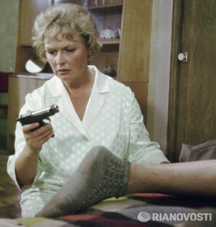 Актриса Нина Гребешкова