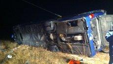 Автобус, который направлялся из Москвы в Ростов и перевернулся под Воронежем