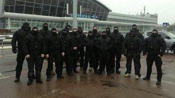 В аэропорту Борисполь дежурит спецназ для встречи олигарха Дмитрия Фирташа