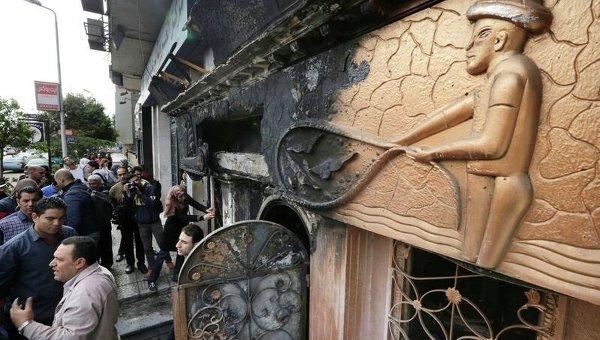 Пожар в Каире: ночной клуб забросали бутылками с горючей смесью
