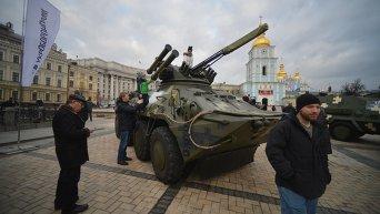 Военная техника в центре Киева