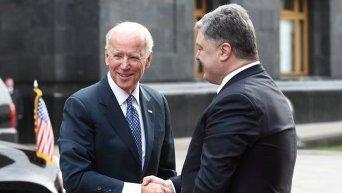 Встреча вице-президента США Джо Байдена и президента Украины Петра Порошенко