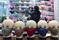 Торговец масок-респираторов в Китае