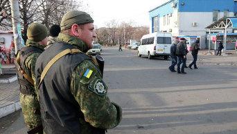 Силовики отрабатывают Донецкую область в поисках оружия