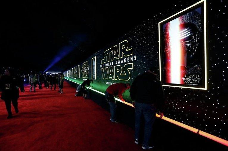 Мировая премьера фильма Звездные войны: Пробуждение силы в США. Закрытый показ