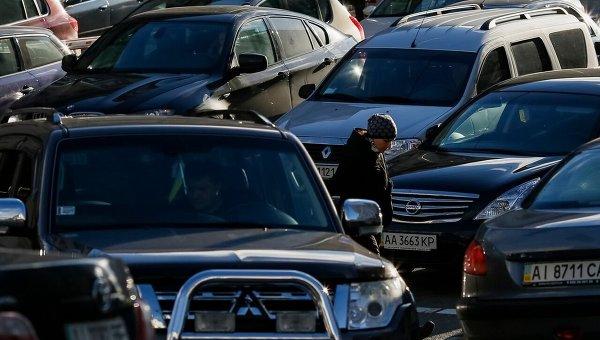 Импортированные автомобили спробегом снова оказались популярнее новых
