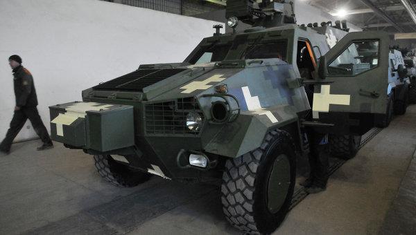 Изготовление бронетранспортеров Дозор - Б на Львовском бронетанковом заводе