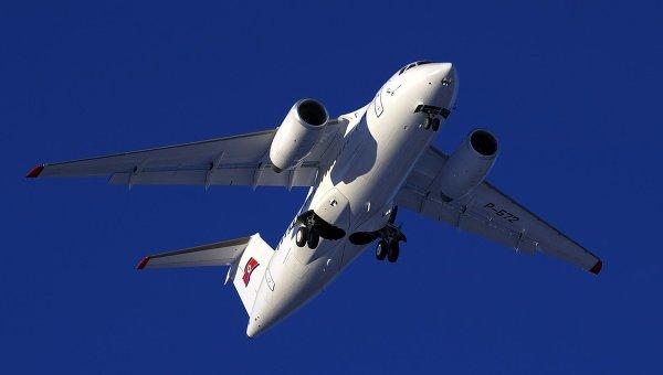 Вылет нового пассажирского самолета Ан-148-100В, изготовленного ГП Антонов для КНДР, 11 февраля 2015 г.