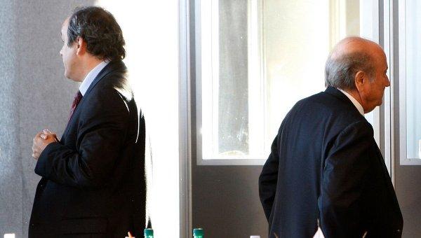 Мишель Платини и Йозеф Блаттер. Архивное фото