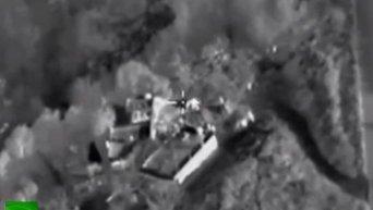 ВКС РФ уничтожили в Сирии крупный лагерь по подготовке террористов. Видео
