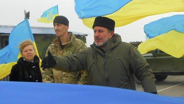Нужна своя армия всоставе Украины— Координатор блокады Крыма