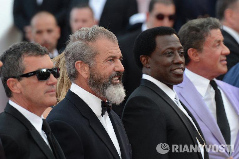 Актеры Антони Бандерас, Мел Гибсон, Уэсли Снайпс, Сильвестр Сталлоне (слева направо)