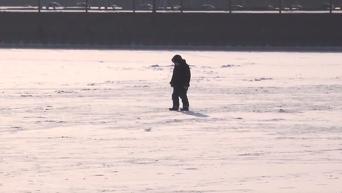 Замерзшее Азовское море. Видео