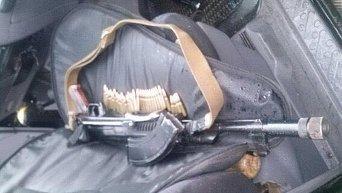 Оружие, изъятое у бойца Правого сектора на Закарпатье