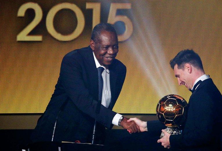 Лионель Месси получил Золотой мяч ФИФА
