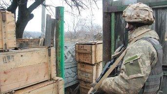 Украинский военный в зоне АТО. Архивное фото