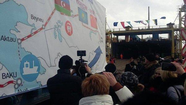 Шелковый путь: Яценюк поручил ускорить поезд вобход Российской Федерации