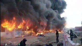 Пожар на рынке Меркурий в Одессе
