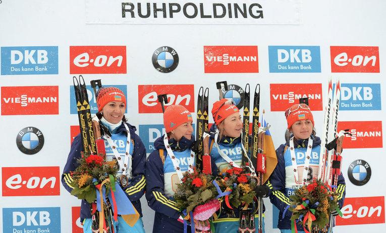 Награждение украинской женской сборной по биатлону