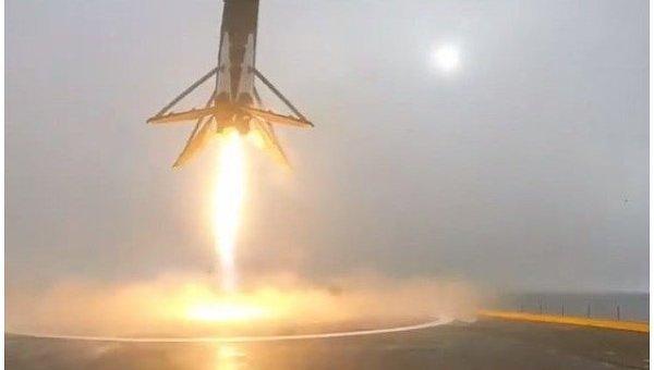При взрыве Falcon 9 был уничтожен спутник фейсбук