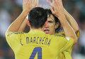 Защитники Карлос Марчена (4) и Карлес Пуйоль (5) сборной Испании. Архивное фото