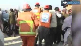 Первые кадры с места атаки террористов на университет в Пакистане. Видео