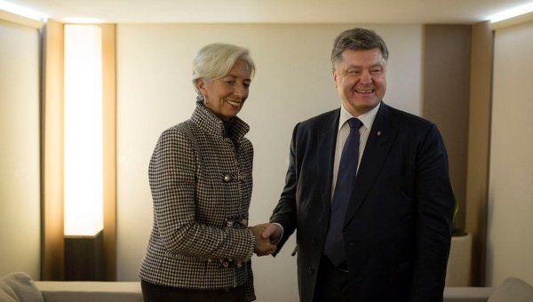 Президент Петр Порошенко и глава МВФ Кристин Лагард