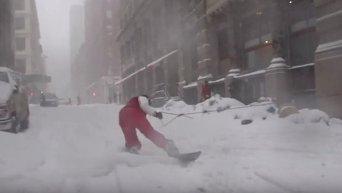 На сноуборде по Нью-Йорку. Видео