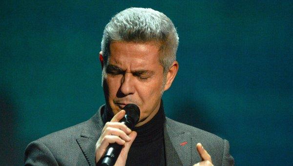 Итальянский оперный и эстрадный певец Алессандро Сафина. Архивное фото