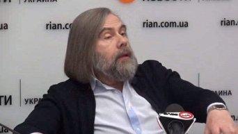 Порошенко боится голосования Рады за изменения в Конституцию – Погребинский