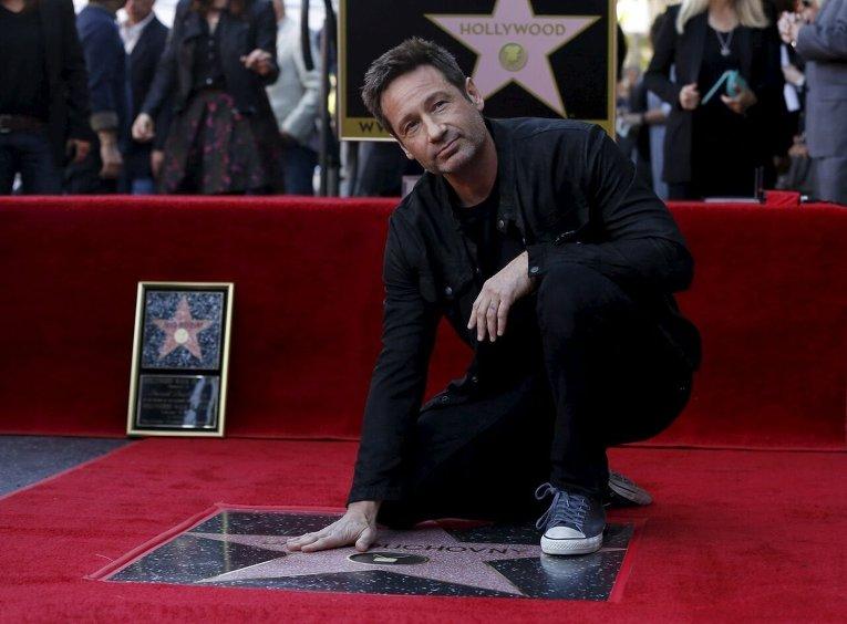 Звезда имени Дэвида Духовны на аллее славы в Голливуде